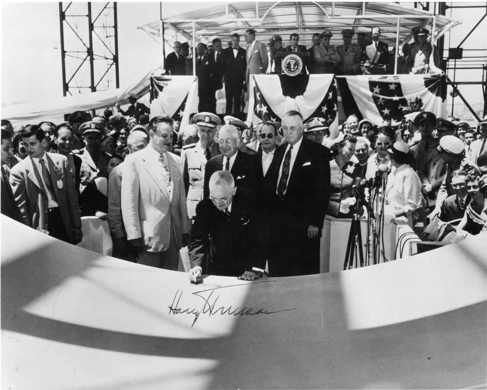 USS Nautilus SSN-571 laid down